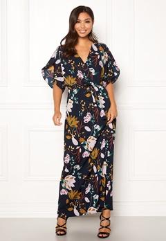 VILA Lasha Adra Maxi Dress Total Eclipse Bubbleroom.fi