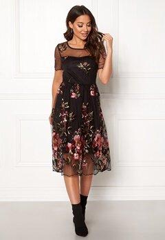 VILA Perno S/S Embroidery Dres Black Bubbleroom.fi