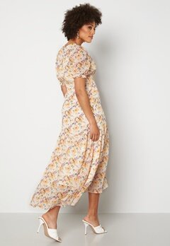 Y.A.S Nilima 2/4 Wrap Ankle Dress Eggnog Floral AOP Bubbleroom.fi