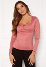 Bettina deep v-neck l/s top