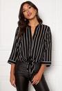 Juliette ss knot shirt