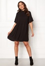 Gudrun 2/4 Short Dress