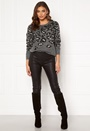 Lidi Knit O-Neck L/S Top