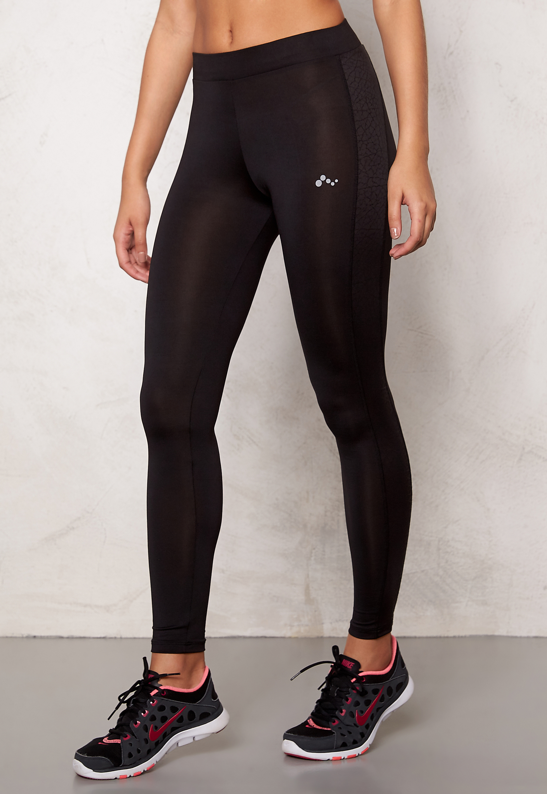 ONLY PLAY Lenny Training Tights Moonless night - Bubbleroom 4826e1bd42